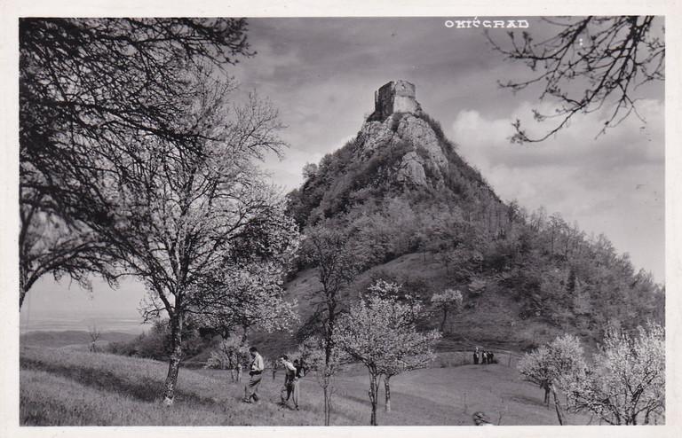 Razglednica sa slikom Okić grada iz nepoznate godine 20ih godina 20. stoljeća